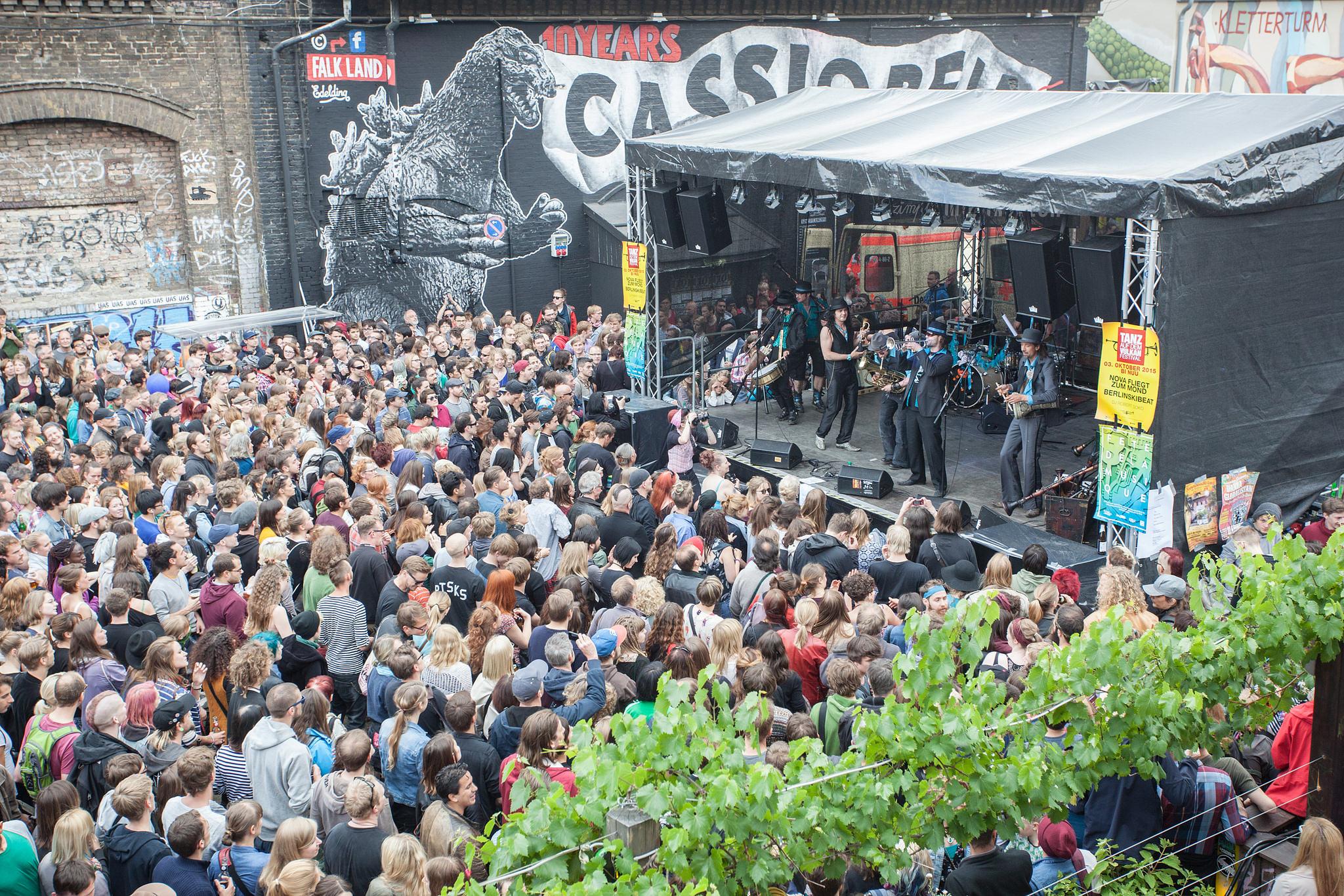 Fête de la Musique 2015 in Berlin: Berlinski Beat im Badehaus Szimpla (c) Axel Laljak