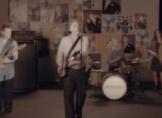 """Morrissey - """"Back on the Chain Gang"""" Video Snap"""